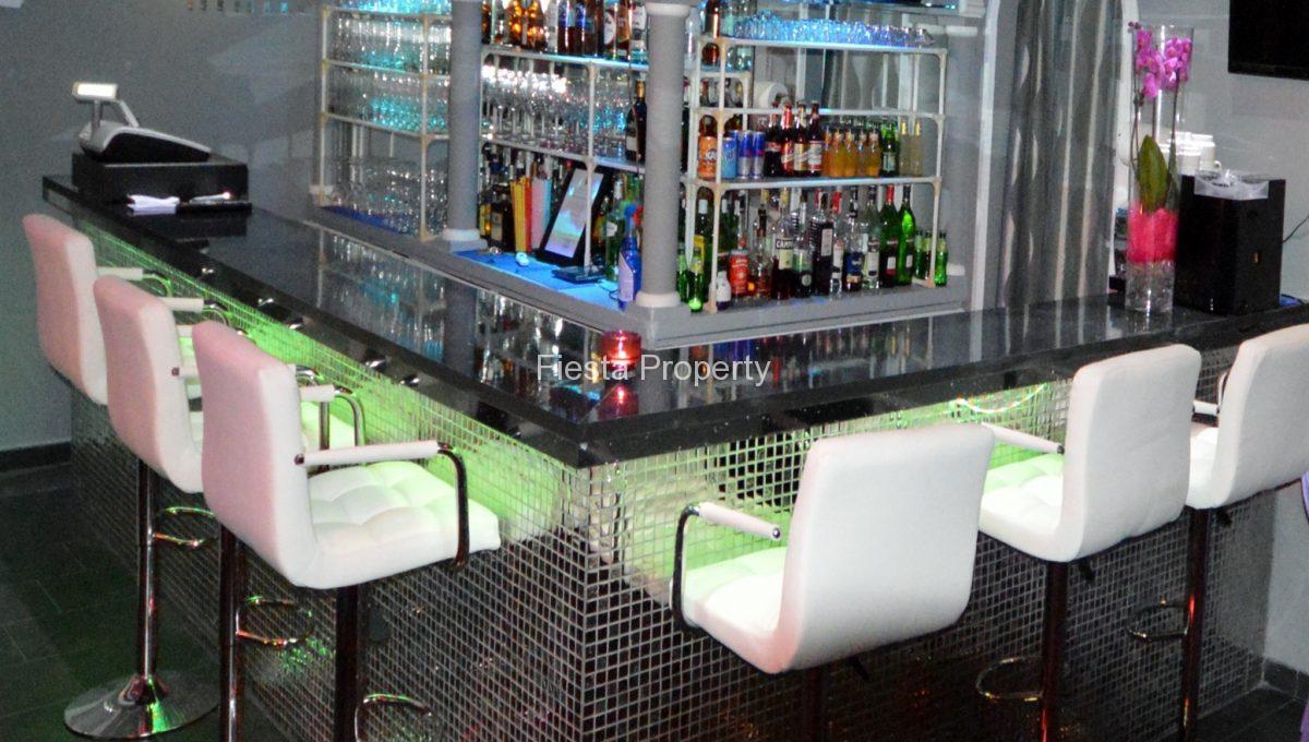 arcos bar interior 2